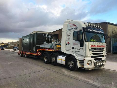 pallet distribution to Southern and Northern Ireland. Haulage services UK